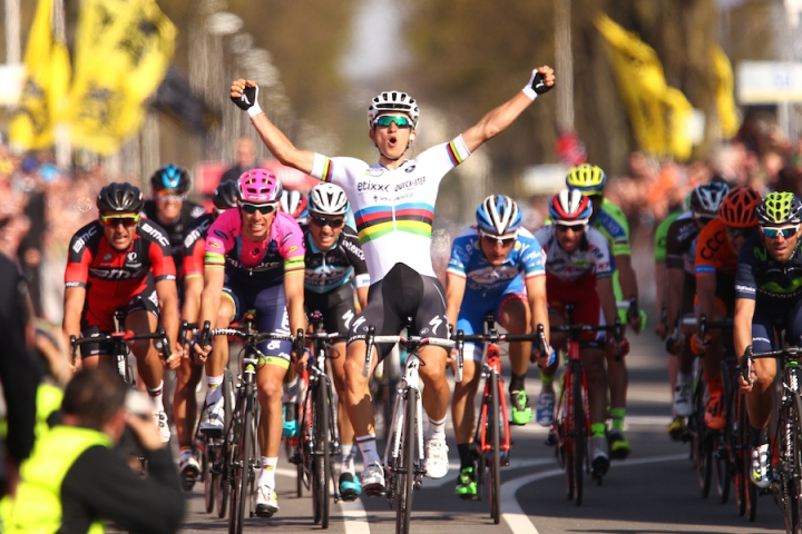 Michal Kwiatkowski corssing the finish line, Amstel Gold Race