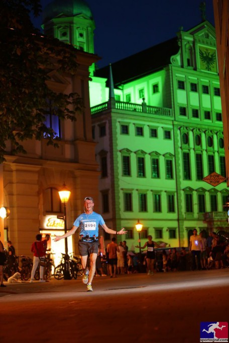 Sportograf @ 30K Night Light Run Augsburg