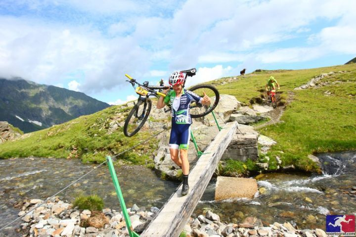 Transalp 2015 - Sportograf - river crossing