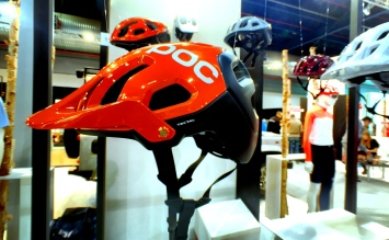 POC brings the All Mountain helmets in new colors